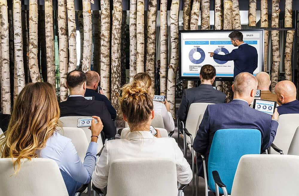 Interessante, abwechslungsreiche Meetings, Zusammenarbeit, Collaboration, New Work | WiNN Bürotechnik Bamberg + Leonhardt & Baumeister Coburg